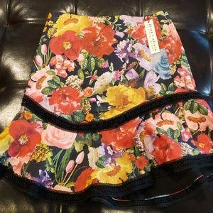 Alice + Olivia mini skirt size 2